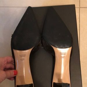 Gucci Shoes - Gucci Brown Suede Pointed Toe Slide in Pumps Size